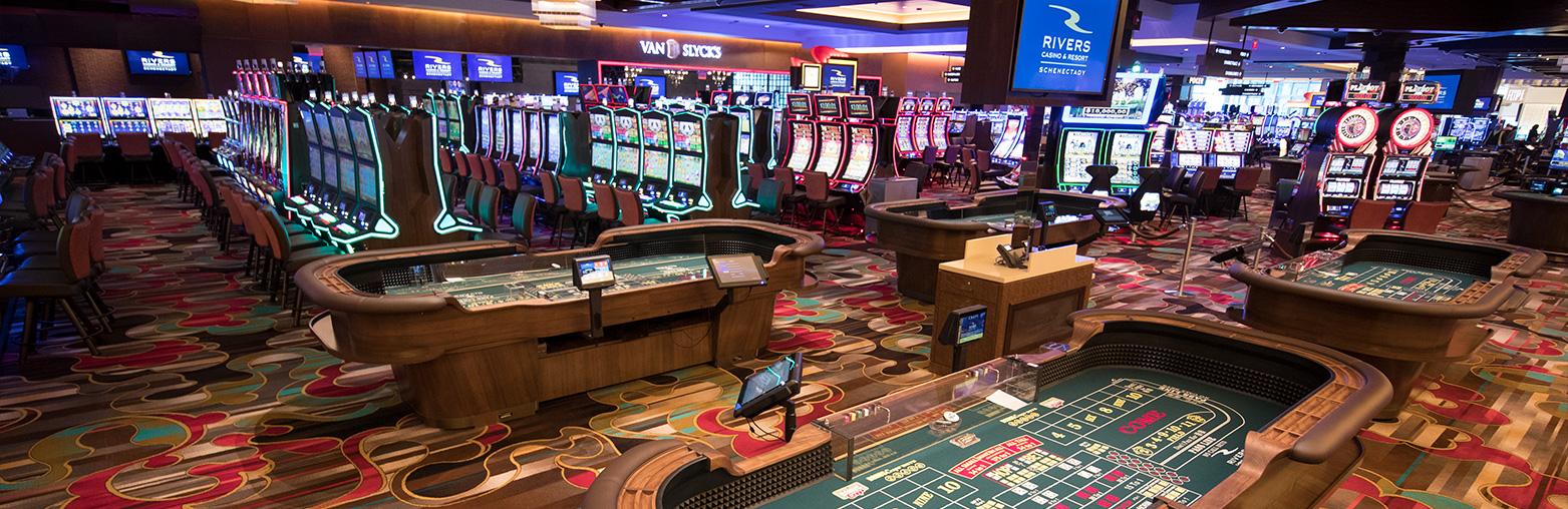 В каком казино бездепозитные бонусы